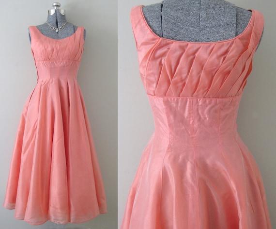 Vintage Coral Grapefruit Organza Prom Dress 40s 50s Long Gown Wedding Shimmery Formal Princess Romantic Sweeping Shelf Bust Orange Evening