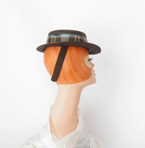 1940s tilt hat, straw forward toy tilt brown w/ plaid ribbon