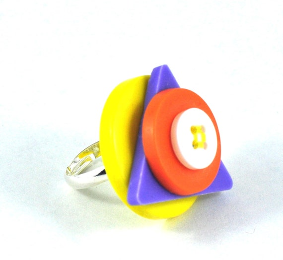 Geometric Upcycled Button Ring Orange Yellow Purple GO RETRO in Felt Jewelry Pouch