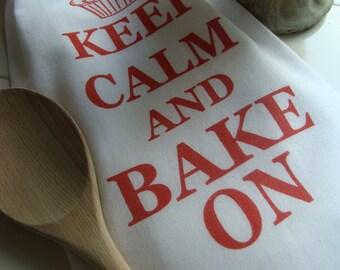 Baking theme gift, Cupcake tea towel- red and white cupcake  - Keep Calm and Bake On -  Baking gift flour sack kitchen towel -