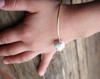 Gold Bangle Shell Bangle Beach Bangle Beach Jewelry Shell Bracelet Puka Shell Bangle Hawaiian Jewelry Hawaii Jewelry Child Children Kid 020