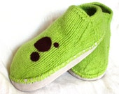 Felted Wool Slippers with Leather bottom - green with burgundy polka dots - MollysPurl