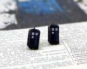 Stud earrings - Dr Who TARDIS