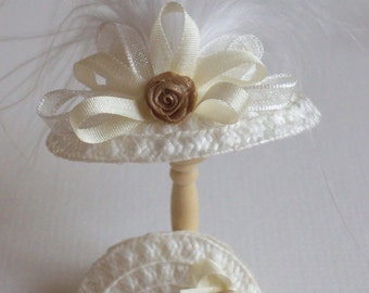 Handmade 1/12 miniature dollshouse ivory straw hat and bag