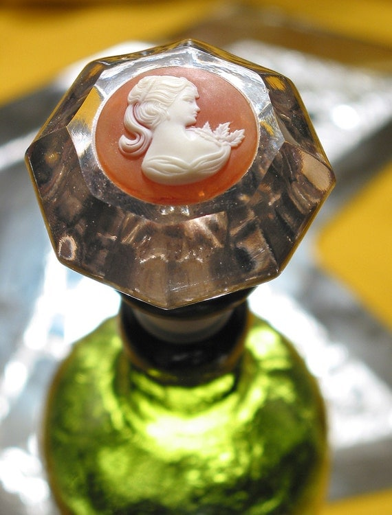 Vintage Glass Door Knob Bottle Stopper Topper W Cameo For Wine