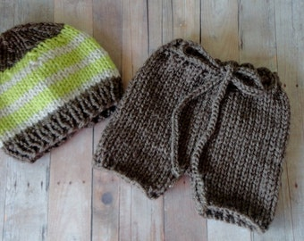 Baby Hat, Newborn Baby, Newborn Beanie, Short Pants, Baby Pants, Newborn Pants, Knit, in Brown, Green, and Oatmeal Baby Photo Prop