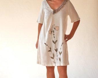 Linen women dresses/V neck lace tunics/cream art painted goam/Handmade applique dresses