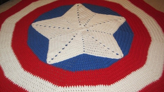 Captain America Knitting Pattern : Crochet Captain America shield inspired blanket