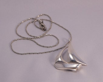 Sailboat pendant sterling silver necklace