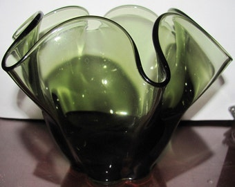 VALENTINESALE Clear Green Crimped Canterbury Style Vase