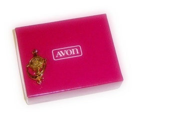 Vintage Avon Door Knocker Pin of Success
