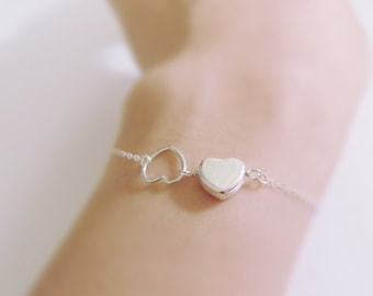 Best friends (bracelet) - Small sterling silver puffed heart and open heart