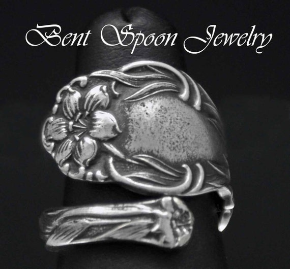 Spoon Ring,  Vintage Tiger Lily 1905 Wrap Around Silverware Spoon Ring size 5, Silverware Jewelry