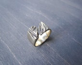 Bronze Fracture Ring, Size 7
