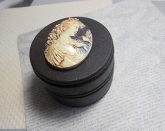 Small Wood trinket Box, Ivory Cameo