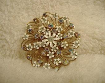Vintage 1960s Ornate Flower Brooch