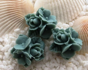 Resin Flower Cluster Cabochon - 16mm - 12pcs - Gray