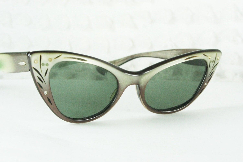 ray ban cat eye sunglasses 1960s lisbon sun glass by. Black Bedroom Furniture Sets. Home Design Ideas