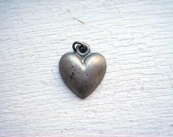 Vintage Metal Heart Pendant/Charm