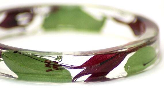 Resin Bangle-Flower Jewelry-Pink Bracelet-Flower Bangle-Jewelry with Real Flowers-Green Jewelry-Green Leaves-Fuchsia Flowers-Pink Jewelry
