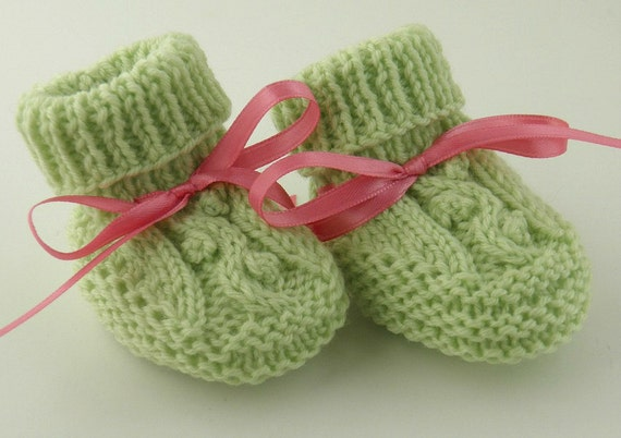 Knit Baby Booties Baby Shower Gift Hand Knit Newborn Baby Shoes Easter Gift Green Cable Design