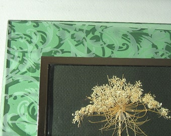 Forest Green Flower Art Green Glass Pressed Queen Anne Lace Etched Glass