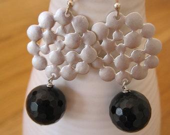 Dangle silver and black earrings - rhodium polkadots and black onyx