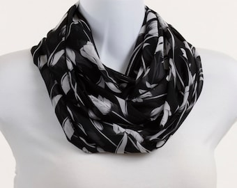 Sheer Black and WhiteTulip Scarf Floral Lovely Wide ~ SH131-L5