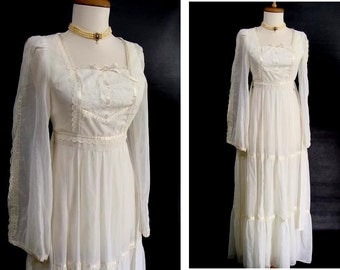 as-is. vintage 70s Prairie Dress. Romantic White Boho Wedding Gown or Customizable Zombie Costume OPTIONAL BLOOD & Distressing Size XS