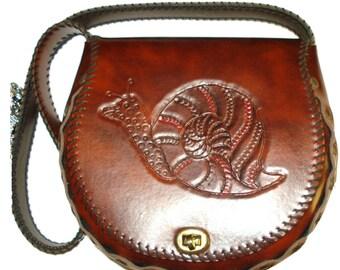 Vintage 1960s  Purse .  1960s Vintage Handbag .  Shoulder Bag .   mad men rockabilly swing bombshell pinup garden party dress  retro clutch