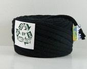 Recycled T Shirt Yarn, Black 27 Yrds , T- Shirt Yarn, Bulky Crafting Cord