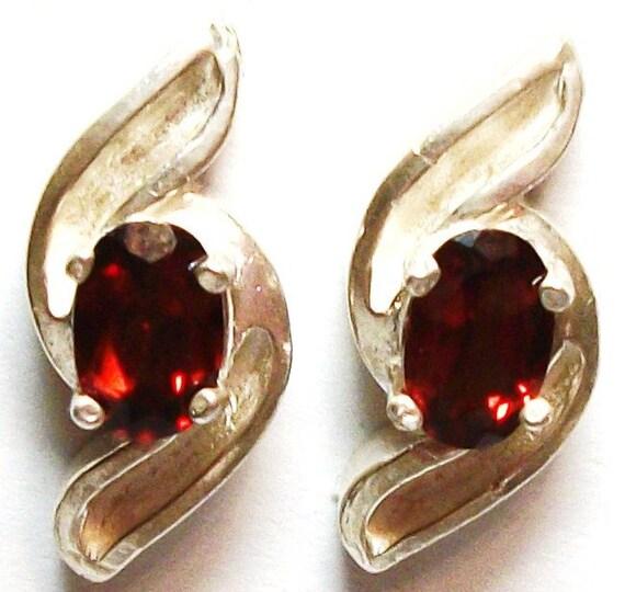 """Garnet, garnet studs, garnet swirl,  red earrings, stud earrings, red,   """"Sammy"""""""