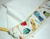 KITCHEN TOWEL  Retro Kitchen Print in White With YELLOW Dot trim