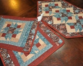 Table Runner and 2 Place mats