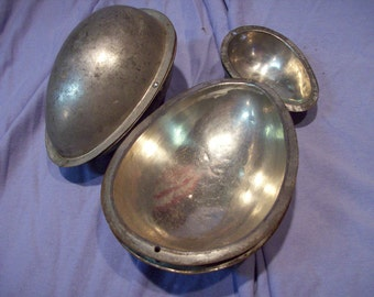 Metal Easter eggs for Chocolate making cake  set of 3 cooking design cottage chic holiday