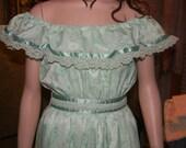 Vintage Gunne sax Dress .Bohemian hippie chic. 1970s Rennisance .Nashville country singer Gown. Mint Julep Green. Off the Shoulder