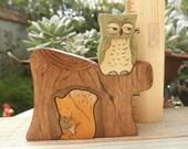 Beatrix Potter Series SQUIRREL NUTKIN and OWL Tree Stump Habitat Wood Toy Set