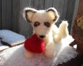 Valentine Arctic Fox Holding Heart / Winter Waldorf Toy / Valentine Animal Gift / White Wolf with Red Heart