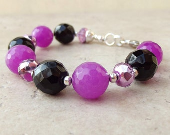 Purple Candy Jade Bracelet:  Neon Jewelry, Radiant Orchid Grape and Black Chunky Beaded Bracelet