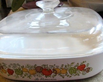 Vintage Spice of Life  2.5 Quart Dish with Original High Domed Lid - Le Romarin