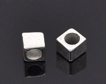 200 Bulk Package Silver Tone Metal CUBE Spacer Beads 4mm bme0113