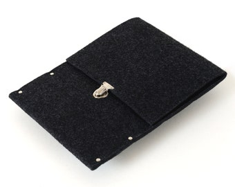 MacBook 12 Sleeve, Case, Cover. Black synthetic felt bag with rivets.