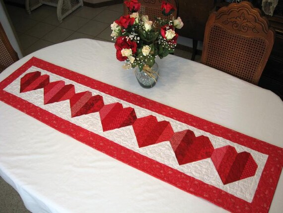 Be my valentine table runner pattern only for Diy valentine table runner