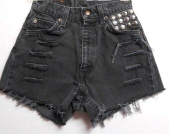 23 inch waist......Vintage High Waisted LEVIS  Denim Shorts -Studded XS