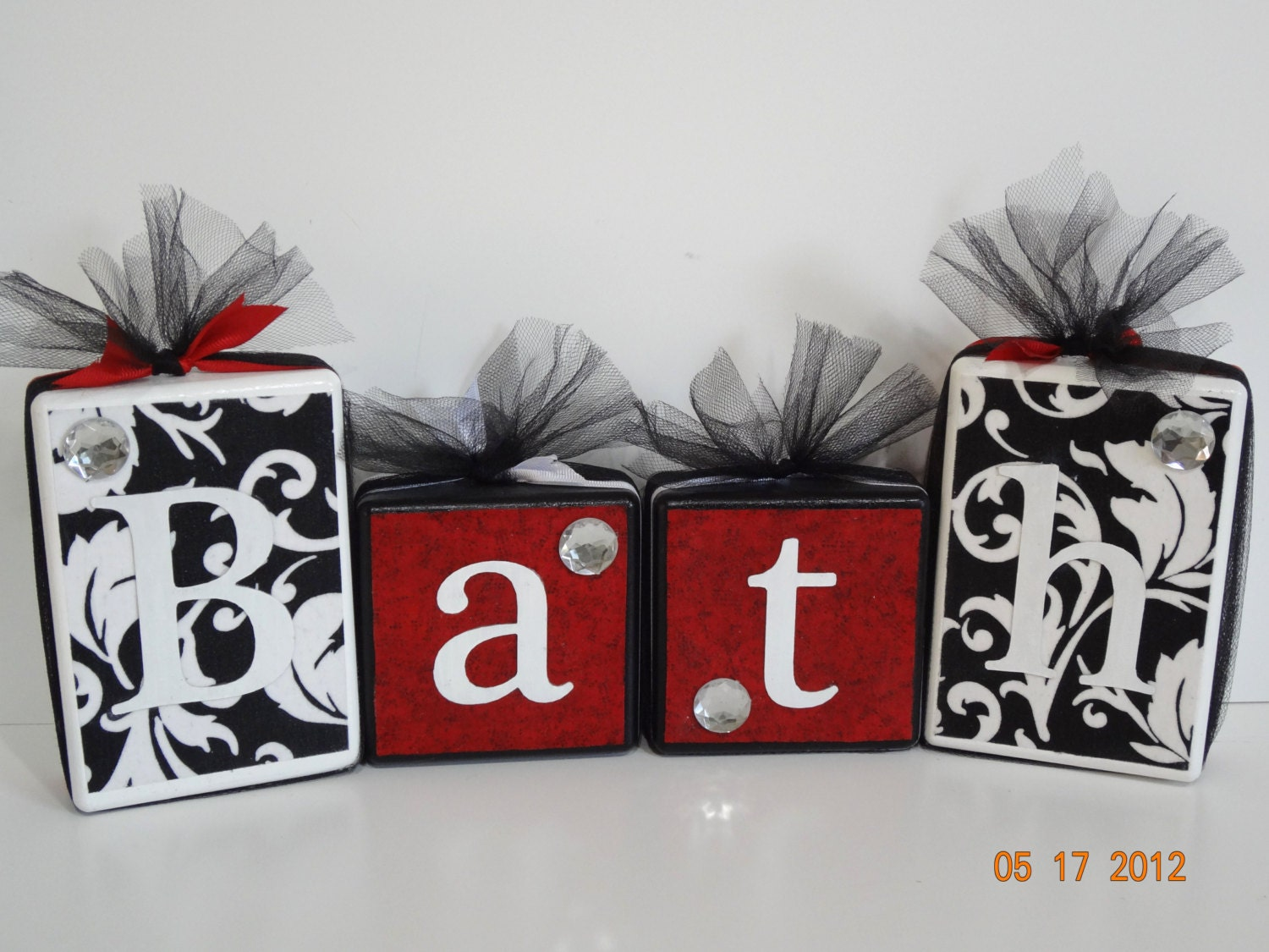 Dark Red Bathroom Decor : Bathroom sign decor art bath blocks