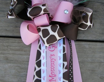 giraffe baby shower mum,girl baby shower,giraffe corsage
