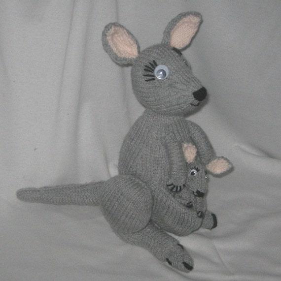 Kangaroo Pouch Knitting Pattern : Toy Kangaroo & Joey: KNITTING PATTERN   pdf file by automatic download fr...