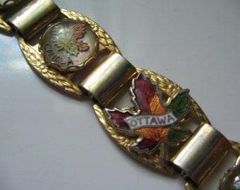 VINTAGE CANADA SOUVENIR Bracelet 1950's Retro