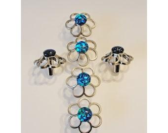 Fused Glass Cabinet Knobs, Teal Green Blue Daisy Drawer Pulls, Furniture Knob, Bathroom Fixtures, Home Decor, Dresser Knob, Closet Door Knob
