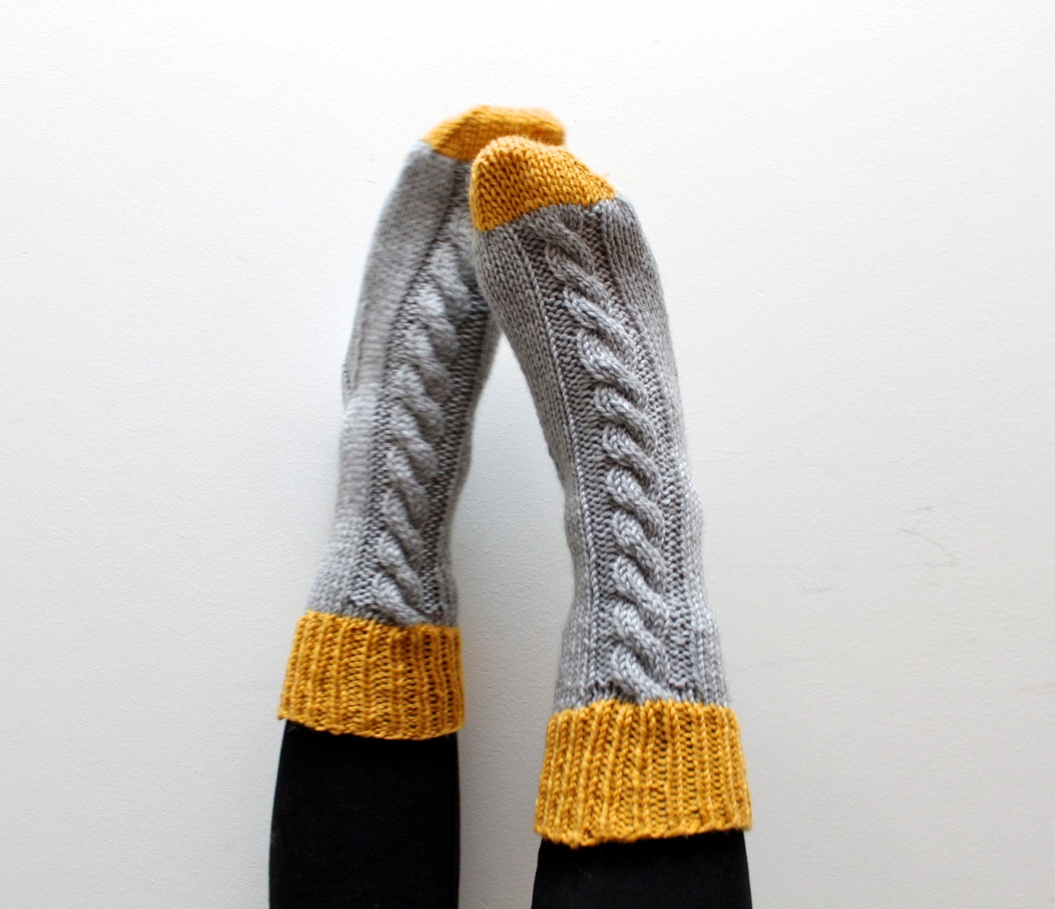 Sock Knitting Pattern INSTANT DOWNLOAD Slipper Socks Thick